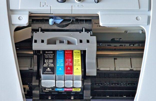Lexmark Toner enthält einen Behälter mit neuem Polyester-Staub